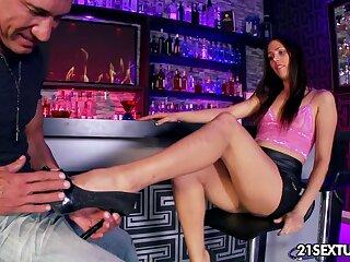 Marco Banderas fucks multi-storey babe Anastasia Morna behind the bar