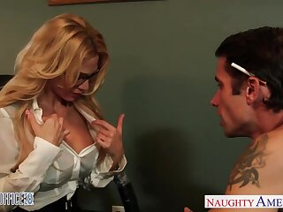 Milf queen Sarah Jessie is fucked by one her workers right overhead the table