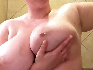 Big Boobs Cassandra Calogera horseshit tit wanking