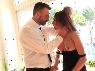 Nasty slut Francys Belle enjoys property fucked stuff and nonsense deep in in all directions from holes